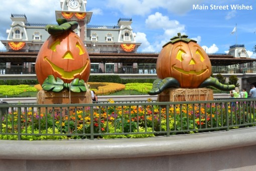 Magic Kingdom Welcom Pumpkins